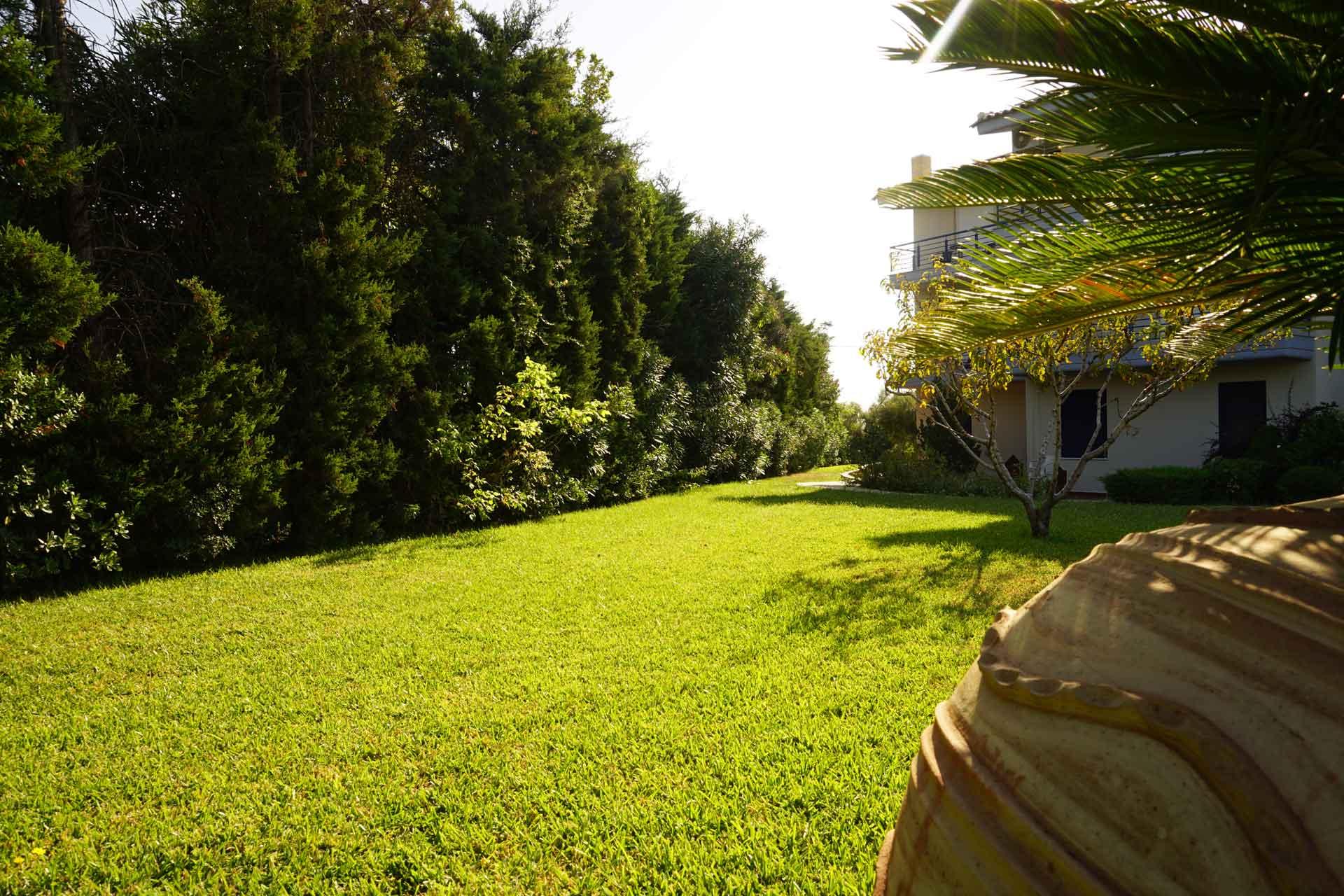 villa-orama-outside-11