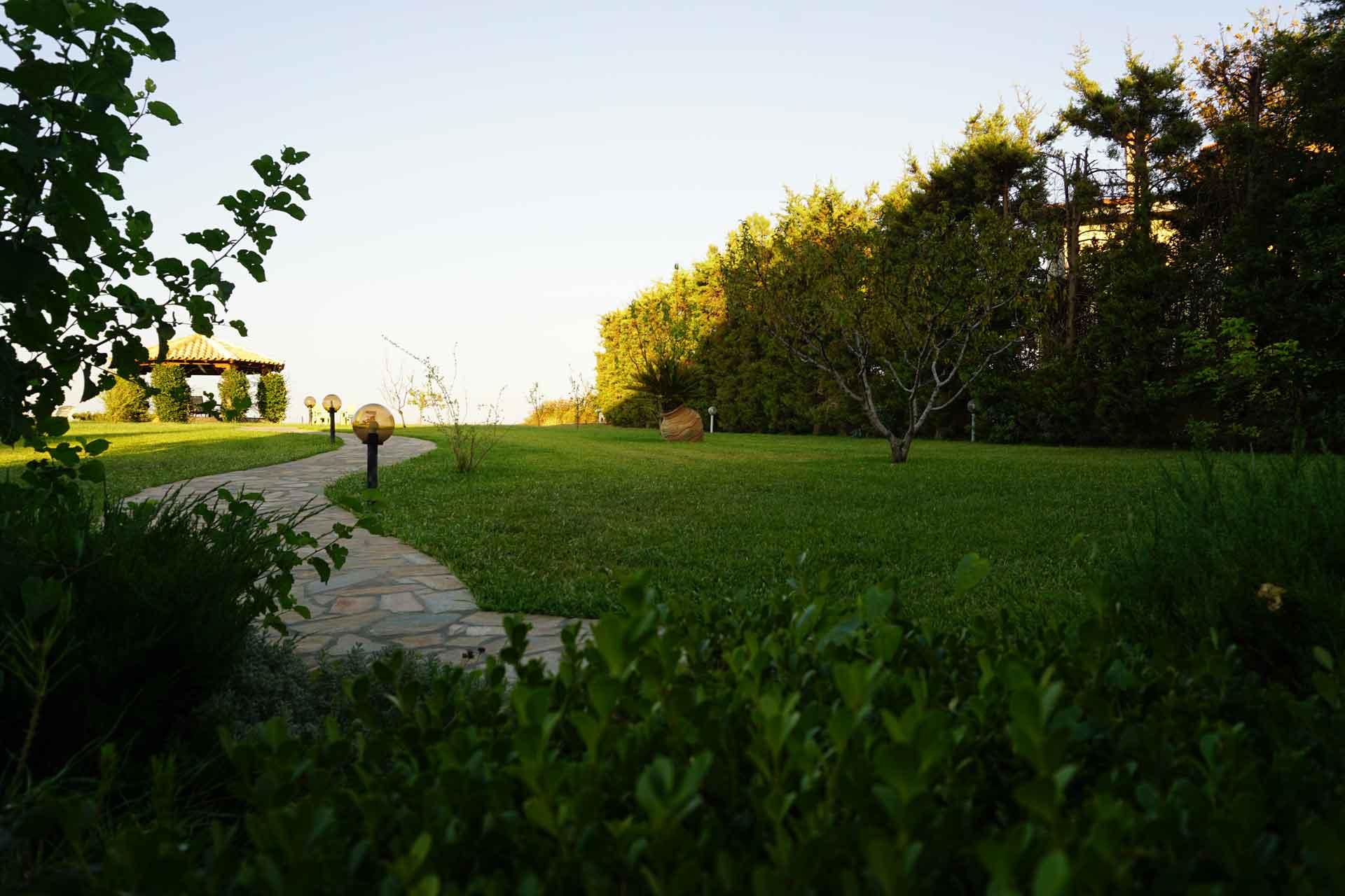 villa-orama-outside-13